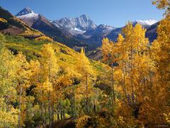 Capitol Peak, aspens, Capitol Creek, Elk Mountains, Colorado, Maroon Bells-Snowmass Wilderness