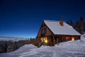 Jackal, hut, Gore Range, Mount of the Holy Cross, March, Colorado, moonlight