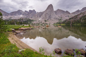 Cirque of the Towers,Pingora Peak,Wind River Range,Wyoming, Lonesome Lake, reflection