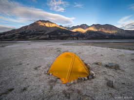 Canada, Kluane National Park, Slims River, Yukon, tent