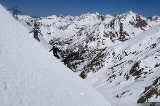 Skiers Point Dropin