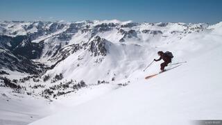 Skiing Kismet