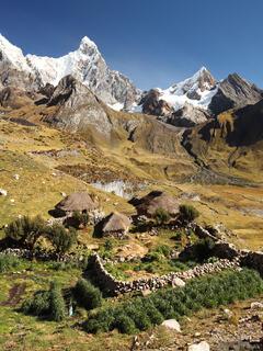 Cordillera Huayhuash, Peru, campesino, Jirishanca