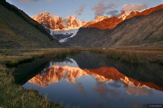 Jirishanca, Cordillera Huayhuash, Peru, Laguna Jahuacocha, sunset, reflection