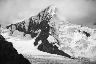 Nevado Tullparaju, Cordillera Blanca, Peru