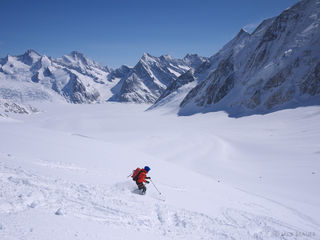 Skiing, Bernese Oberland, Switzerland