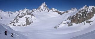Finsteraarhorn, Bernese Oberland, Switzerland, skinning