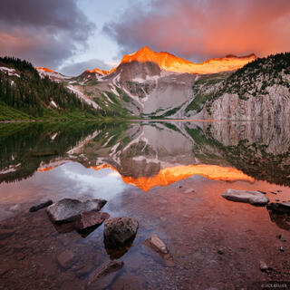 Snowmass Lake, Snowmass Mountain, sunrise, alpenglow, reflection, Elk Mountains, Colorado
