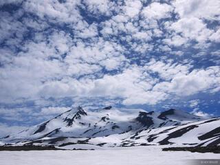 Volcan Nevado Clouds
