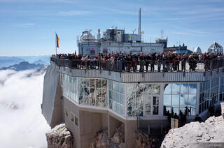 Zugspitze Summit Crowds
