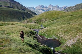 Pyrenees, Astun, pool, hiking