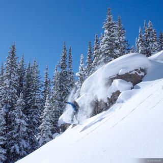 Colorado, Fowler Hilliard Hut, Gore Range, January, snowboarding