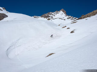 Colorado, San Juan Mountains, Uncompahgre Wilderness, Wetterhorn Peak, skiing