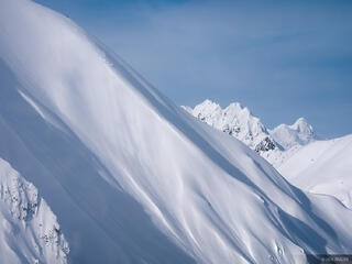 Alaska, Haines, Takhinsha Mountains, skiing