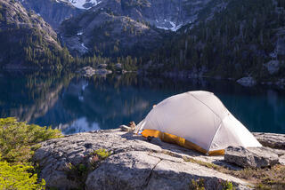 Alpine Lakes Wilderness, Slade Lake, Washington, tent