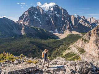 Saddle Mountain Hiker