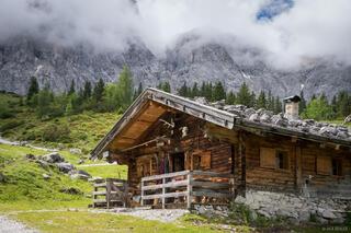Austria, Karwendel, Ladizalm, hut, cabin