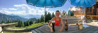 Austria, Kaisergebirge, Vorderkaiserfeldenhütte, beer, hut