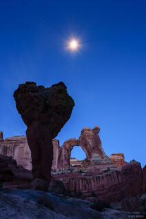 Angel Arch, Canyonlands National Park, Salt Creek, Utah, November, arch, moon