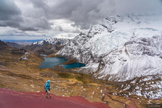Ausangate, Cordillera Vilcanota, Lago Jatun Pucacocha, Peru, South America, hiking