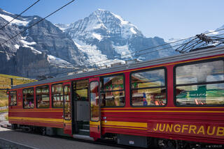 Bernese Alps, Jungfraubahn, Kleine Scheidegg, Mönch, Switzerland, train