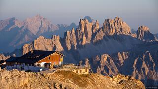 Croda da Lago, Dolomites, Italy, Lagazuoi, Rifugio Lagazuoi, October, Alps