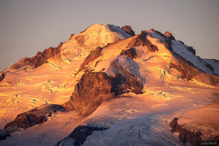 Glacier Peak Sunrise Light