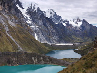 Laguna Quesillococha, Laguna Siula, Cordillera Huayhuash, Peru