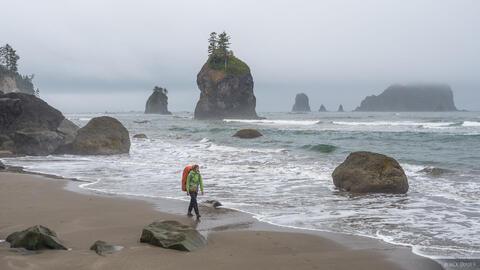 Seastack Hiker 2