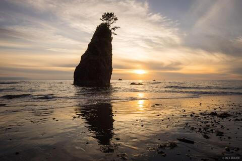 Kayostia Seastack Sunset
