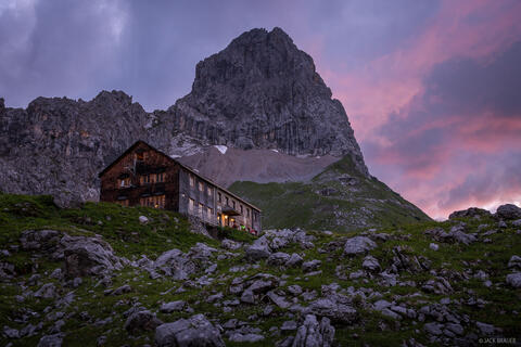 Hut Trekking through the Karwendel