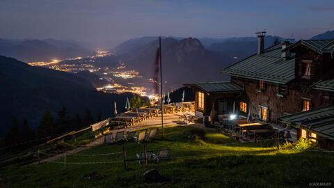 Nighttime at Vorderkaiserfeldenhütte