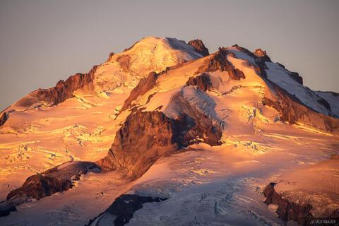 Glacier Peak Sunrise Light