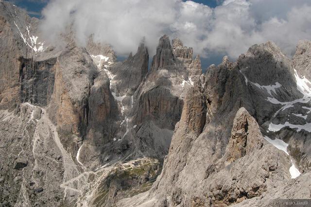 jagged peaks, Torri Vajolet, Catinaccio group, Canazei, Dolomites, Italy, Alps