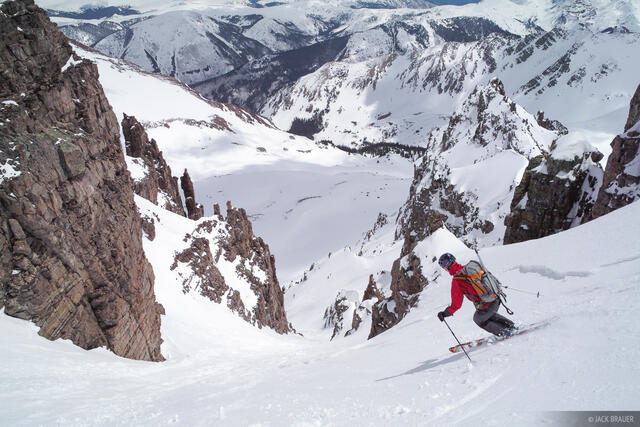 Skiing, Pearl Couloir, Cathedral Peak, Elk Mountains, Colorado, Maroon Bells-Snowmass Wilderness