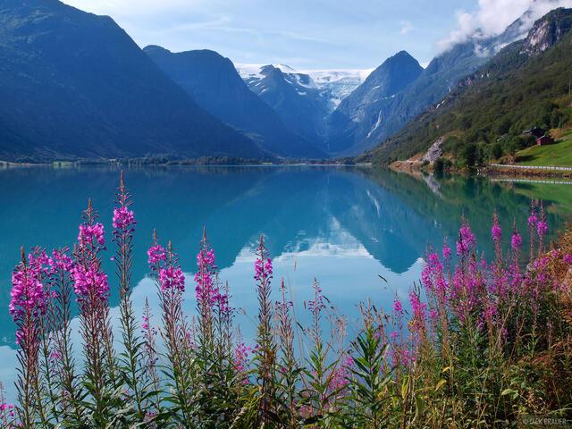 Jostedalsbreen, Briksdal, Briksdalen, lake, Norway