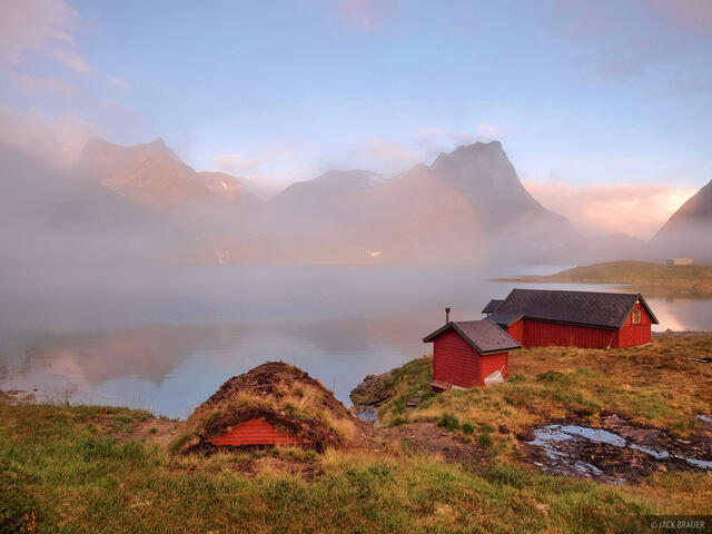 Tussenauset, Sunnmøre, Norway, cabin