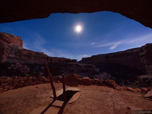 Grand Gulch, kiva, Utah, moonlight, Bears Ears National Monument