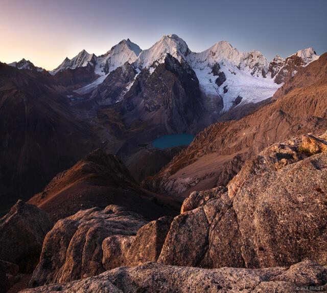 Suila, Cordillera Huayhuash, Peru, Cerro San Antonio, Rasac, Yerupaja, Sarapo, Carnicero, Laguna Jurau