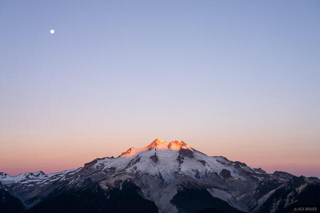 Glacier Peak, Glacier Peak Wilderness, Washington, moon, Cascades