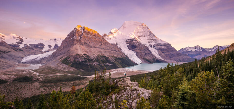 Berg Lake, British Columbia, Canada, Mount Robson Provincial Park, BC, sunset, panorama