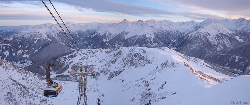 Mayrhofen, Austria, panorama, ski, 150-er Tux, photo