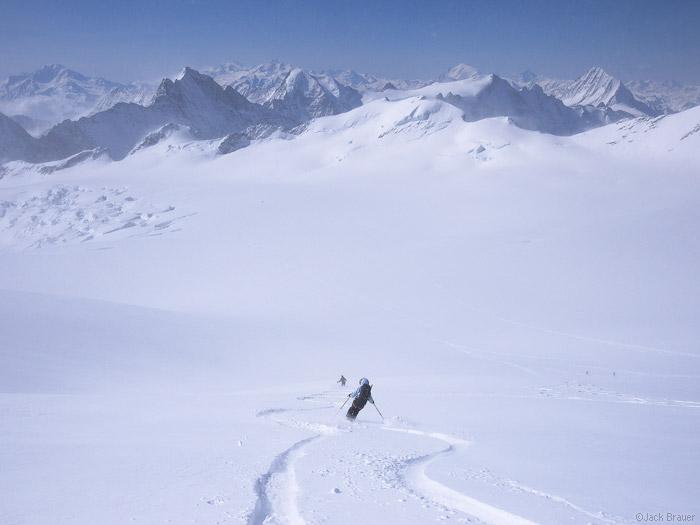 Skiing, Äbeni Flue, glacier, Bernese Oberland, Switzerland