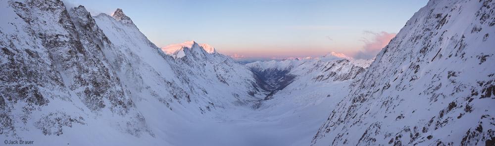 Hollandiahutte, sunrise, panorama, Bernese Oberland, Switzerland