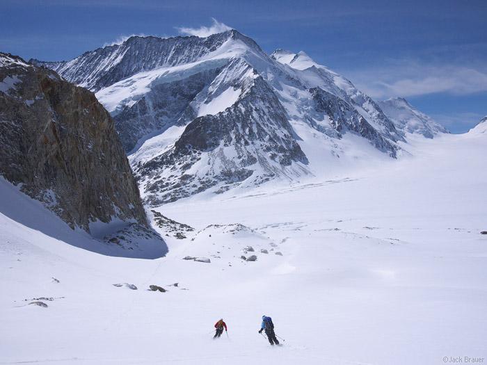 Bernese Oberland, Switzerland, Grünhornlücke, skiing