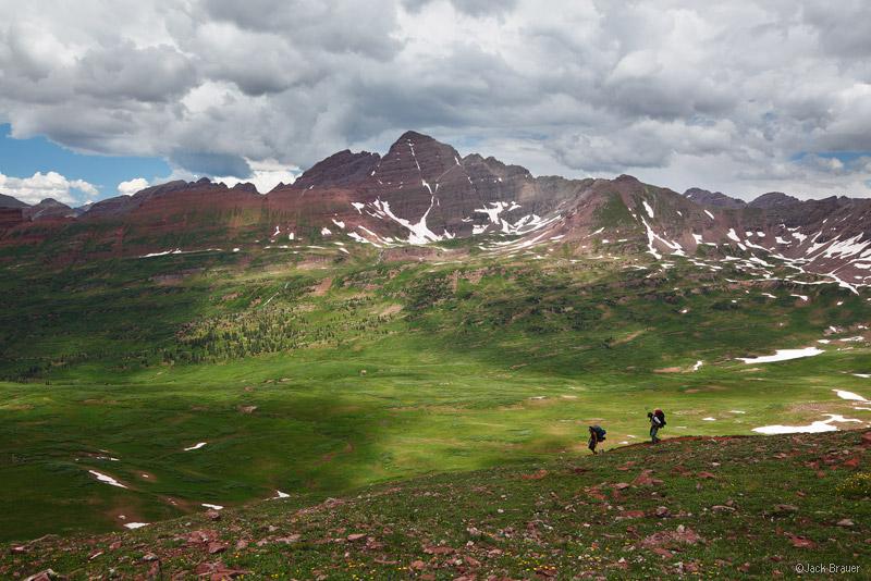 Frigid Air Pass, Maroon Bells, Elk Mountains, Colorado, hikers, Fravert Basin