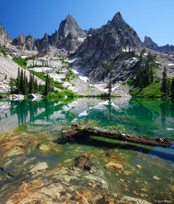 Warbonnet Peak, Sawtooth Mountains, Idaho, lake