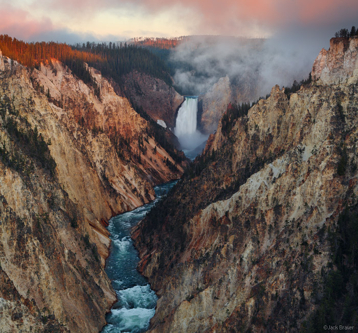 Grand Canyon of the Yellowstone, Yellowstone National Park, Wyoming, Artist Point, sunrise, waterfall