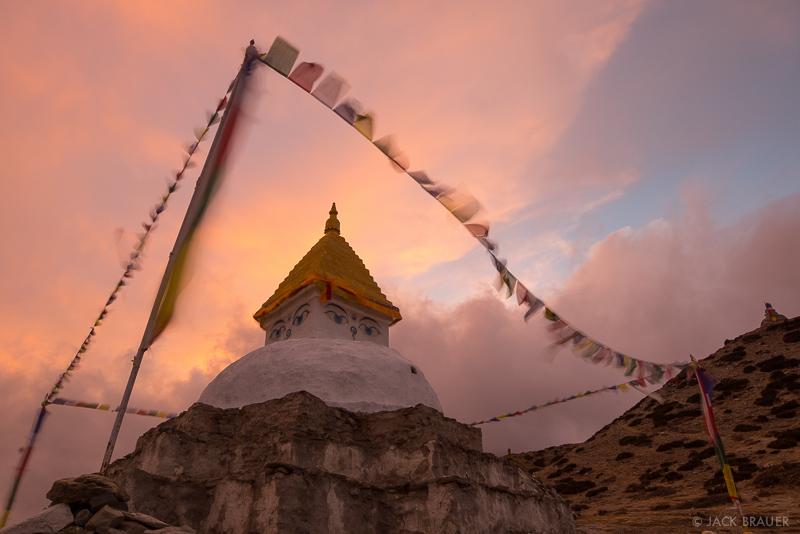 Dingboche,Himalaya,Khumbu,Nepal,prayer flags,stupa
