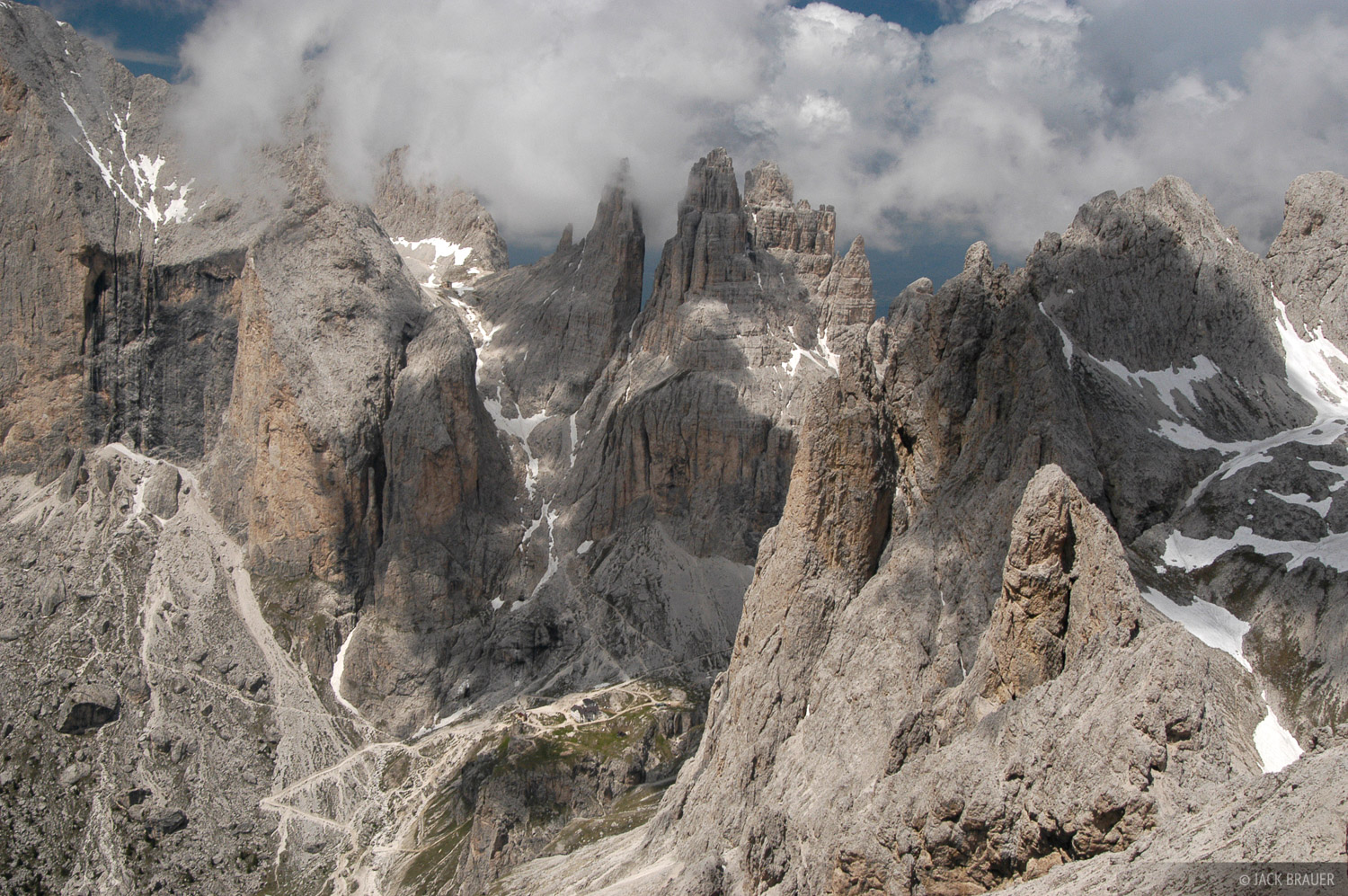 jagged peaks, Torri Vajolet, Catinaccio group, Canazei, Dolomites, Italy, photo